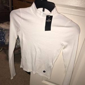 NEW WITH TAGS Plain White Turtle Neck